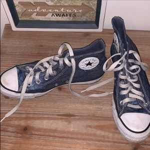 Converse blue pattern high tops
